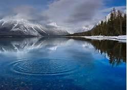 La Piedra en el Lago